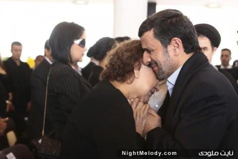 محمود احمدی نژاد و مادر هوگو چاوز