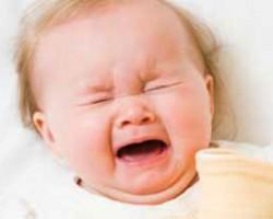 چطور بچه های نق نقو را آرام کنیم؟