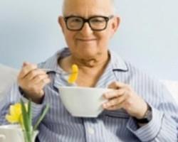 ۸ پیشنهاد غذایی برای بیماران و سالمندان