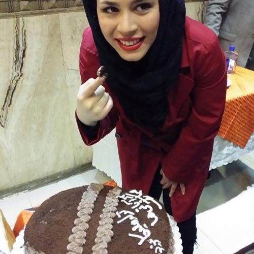 تصاویر جشن تولد ملیکا شریفی نیا در رستوران ایتالیا