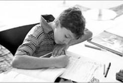 رابطه ی کار امدی با موفقیت تحصیلی