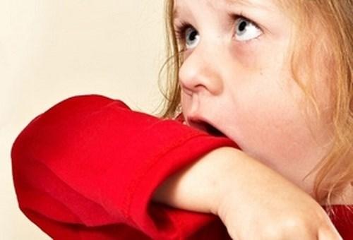 بیماری خروسک کودکان