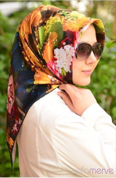 مدل های زیبا مانتو و شال زنانه