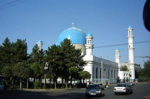 the_central_mosque_of_almaty10_20121208_1359658228