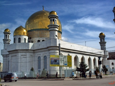 the_central_mosque_of_almaty11_20121208_1688378557