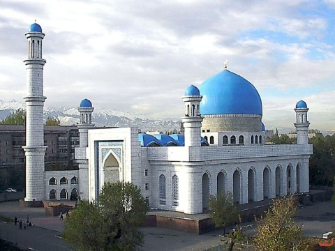 the_central_mosque_of_almaty1_20121208_1087010836
