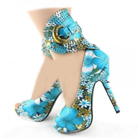 جدیدترین مدل های کفش رنگی ویژه جشن نامزدی