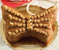کیک کره بادام زمینی با خرده شکلات