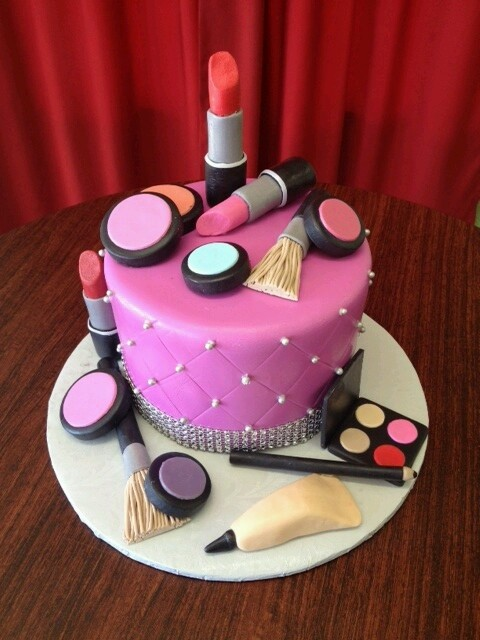مدل کیک تولد جالب و دیدنی 2015
