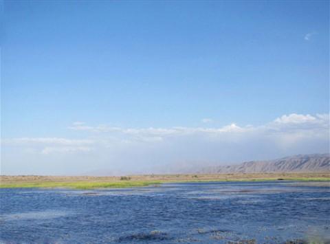 Torshab-lake