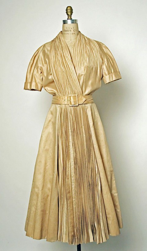 مدل لباس های سنتی اروپایی
