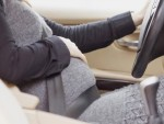 زنان باردار، هنگام رانندگی این نکات را رعایت کنند