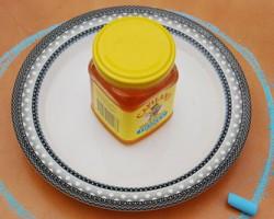 چگونه از عسل در برابر مورچه ها حفاظت کنیم
