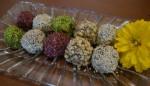 طرز تهیه توپ های گردویی شیرینی مخصوص عید نوروز