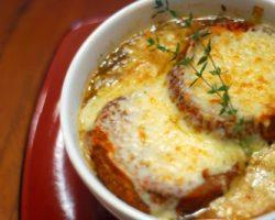 طرز تهیه سوپ پیاز فرانسوی، مخصوص بهار