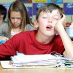 میزان مناسب ساعت خواب برای دانش آموزان چقدر است؟