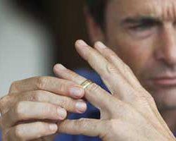 چرا طلاق برای مردان سخت تر است؟