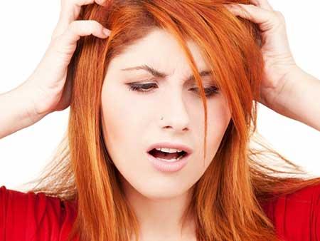 شوره سر و خارش پوست سر : علل و درمان