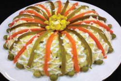 طرز تهیه سالاد الویه + نکاتی برای تهیه سالاد الویه