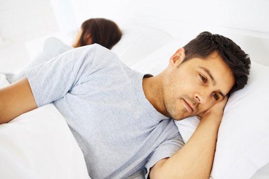 به همسرم شک دارم چگونه برخورد کنم؟