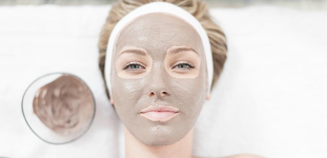 در منزل برای پوستتان ماسک ضد پیری درست کنید