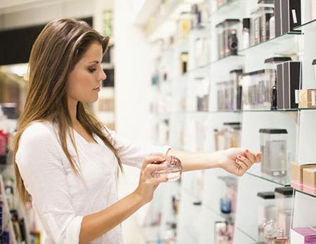 در هنگام خرید عطر این نکات را در نظر داشته باشید..!