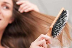 راهکارهای درمانی ریزش مو در مردان و زنان