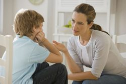 احترام به دیگران را چگونه به کودک آموزش دهیم