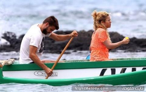 بازیکن بارسلونا با همسرش