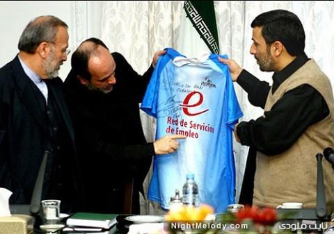 هدیه ستاره جنجالی فوتبال به احمدی نژاد