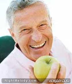 آیا با سالمند تر شدن شادتر میشویم؟