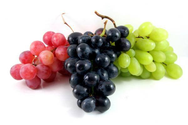 آشنایی با خواص انگور برای سلامت مو