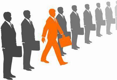 چگونه کارمند متفاوتی باشیم؟