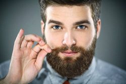 آشنایی با روشهای طبیعی برای پرپشت کردن ریش و سبیل
